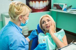 Choosing The Right Implant Dentist